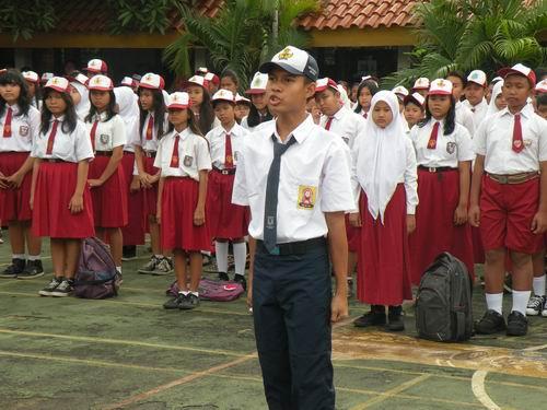 http://smpn231jakarta.files.wordpress.com/2013/07/web-3.jpg
